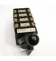 S100V 05 Vačkový přepínač pólů s čelním panelem 100A 500V 20kW