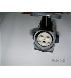 zásuvka 230V/16A 3P nástěnná, dobrá volba pro venkovní použití, IP 55