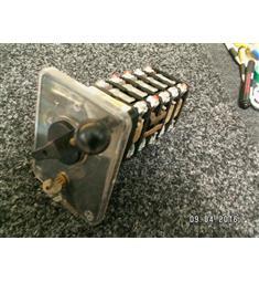 S100 VZ04 100A 500V 20kW Vačkový přepínač  (Hvězda/trojúhelník + reverz) se zámkem
